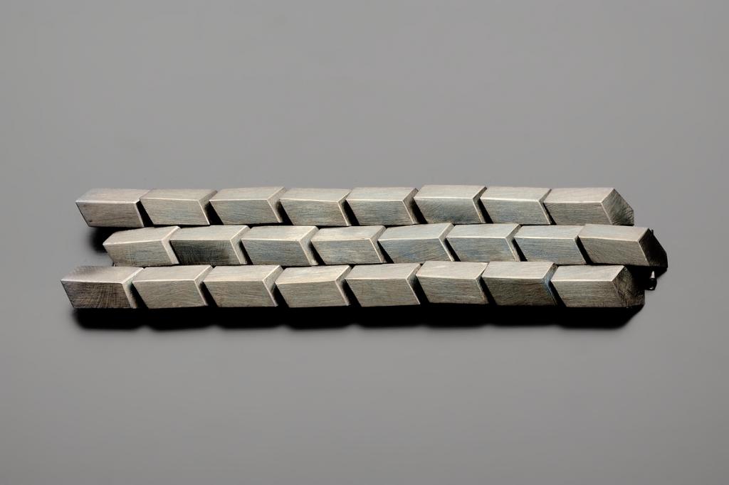 Detail Serena Bracelet – 2011 – AG 925 Black Plated