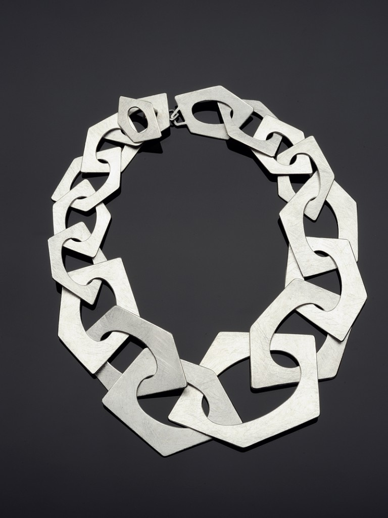 Oval Pentagons Necklace – 2009 – AG 925