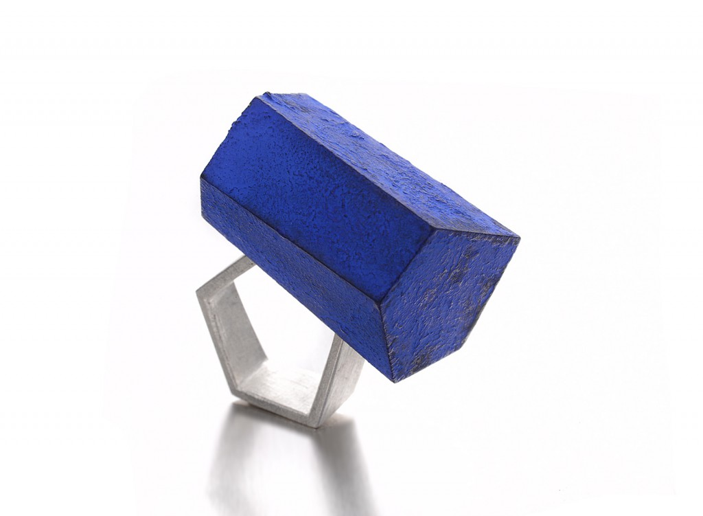 RING – 2012 – AG 925 WOOD PIGMENT