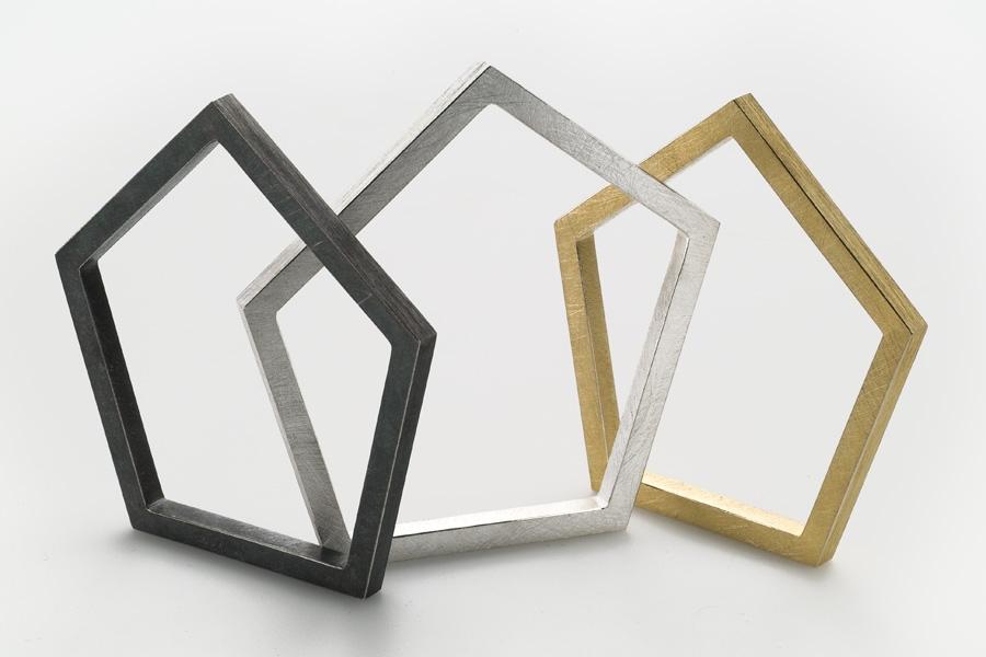 Vela Bracelets – 2011 – AG 925 AU 750 AG 925 Black Plated