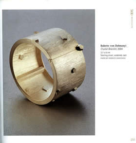 bracelets book_int_2